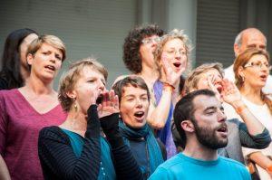 singing-brussels2